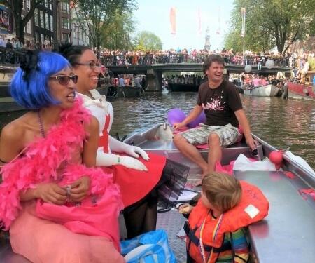 Boot mieten Koenigstag Gay Pride Amsterdam