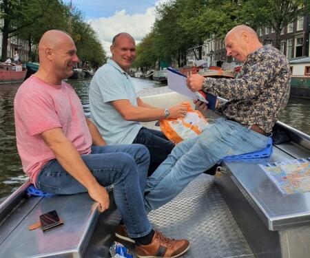 Grachtenfahrt Amsterdam Elektroboot Betriebsausflug