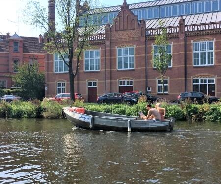 Amsterdam Grachten Bootsfahrt Bootsvermietung