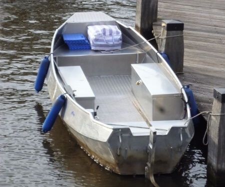 Grachtenfahrt Amsterdam kleines Boot